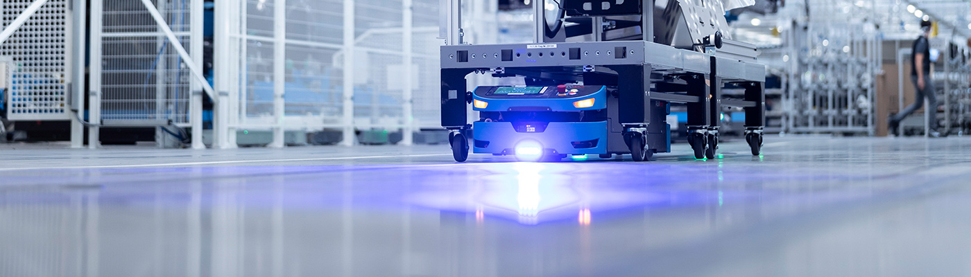 Factory 56: SAFELOG-AGV in automotive production